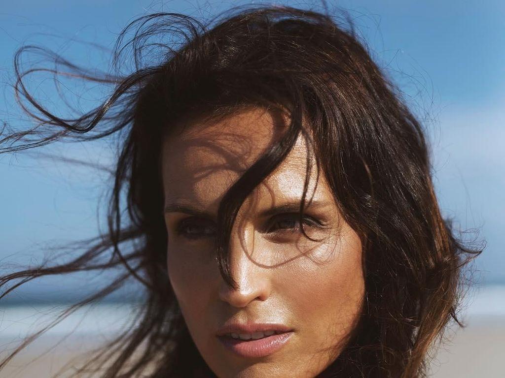 Awet Muda, Model Cantik Ini Bikin Orang Terkejut Saat Tahu Usia Sebenarnya
