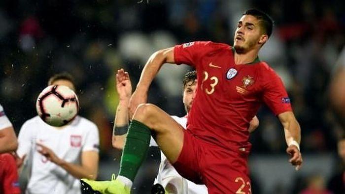 Andre Silva tampil menawan untuk Portugal ketika Cristiano Ronaldo absen. (Foto: Miguel Riopa / AFP Photo)