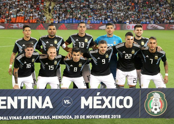 Dalam laga persahabatan melawan Meksiko, Argentina berhasil meraih kemenangan 2-0. Kemenangan itu pun menjadi kemenangan keempat Argentina dalam enam laga terakhir sejak Lionel Messi memutuskan beristirahat dari Albiceleste usai Piala Dunia 2018.