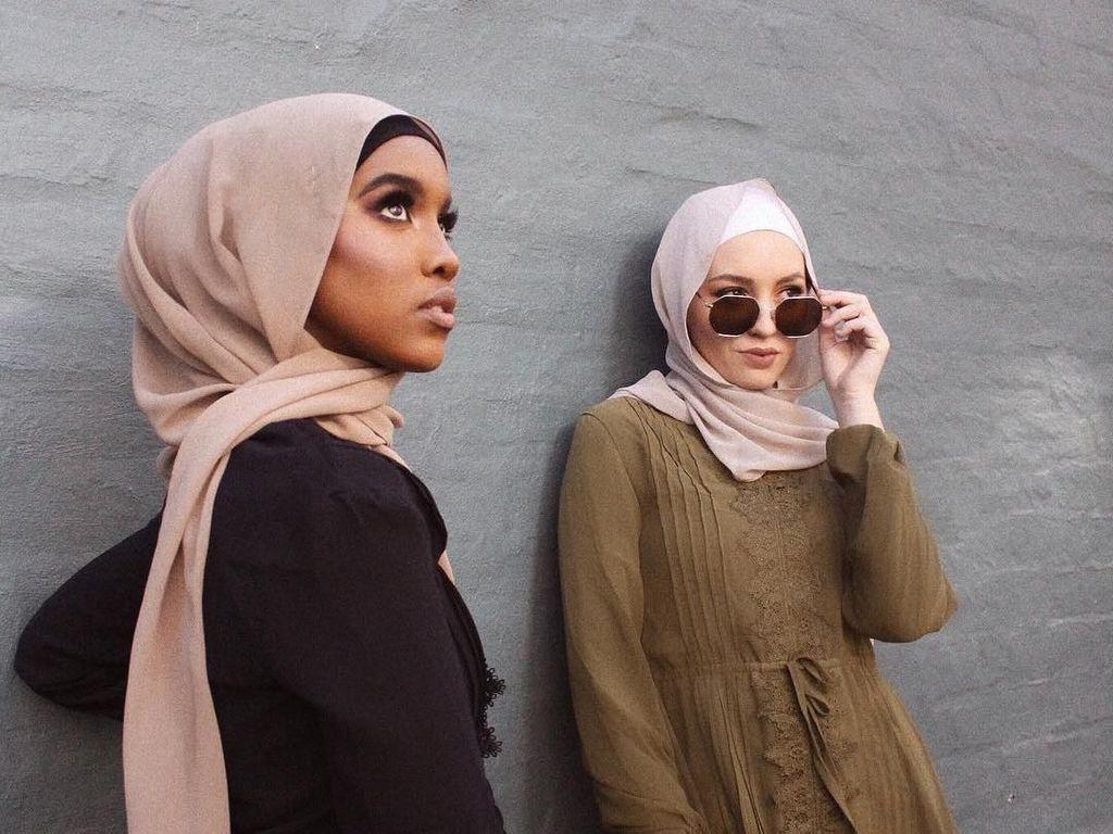 Deretan Pashmina Polos Dari Berbagai Negara, Indonesia Paling Murah