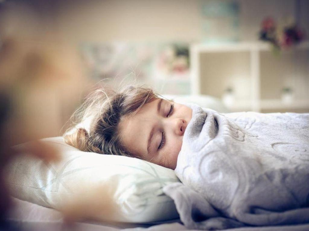 7 Kesalahan Sebelum Tidur yang Bikin Tubuh Tak Bugar Pagi Ini