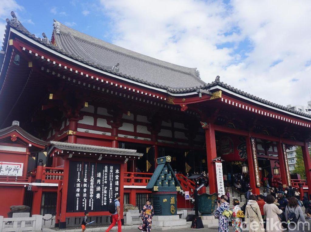 Rekomendasi Wisata di Tokyo: Kuil Sensoji dan Sekitarnya