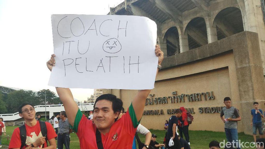 Indonesia Tersingkir dari Piala AFF, Meme Lucu pun Bertebaran