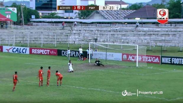Pertandingan antara PSMP Mojokerto Putra dan Aceh United yang disinyalir terkait dengan pengaturan skor.