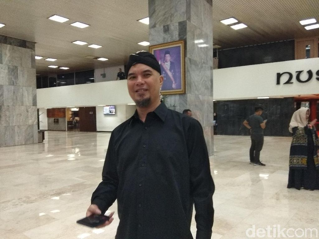 Ahmad Dhani Usul 2 Desember Jadi Hari Libur Bila Prabowo Presiden