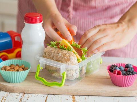 5 Tips Diet Plastik, Agar Tak Ganggu Aktivitas Sehari-hari