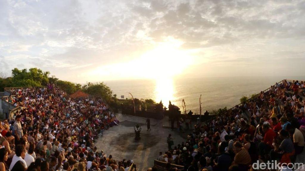 Foto: Nggak Bisa Move On dari Uluwatu, Tari Kecak dan Sunsetnya