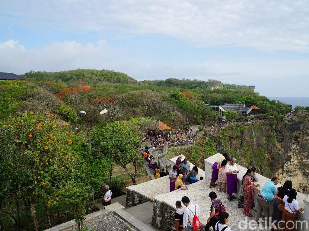 Ingat Pura Uluwatu, Jadi Pengen ke Bali Lagi