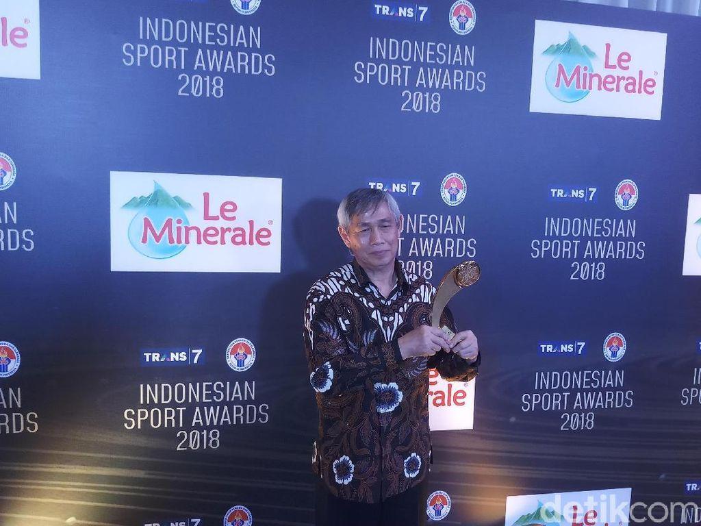 Gelar Indonesian Sport Awards Bikin Christian Hadinata Terharu