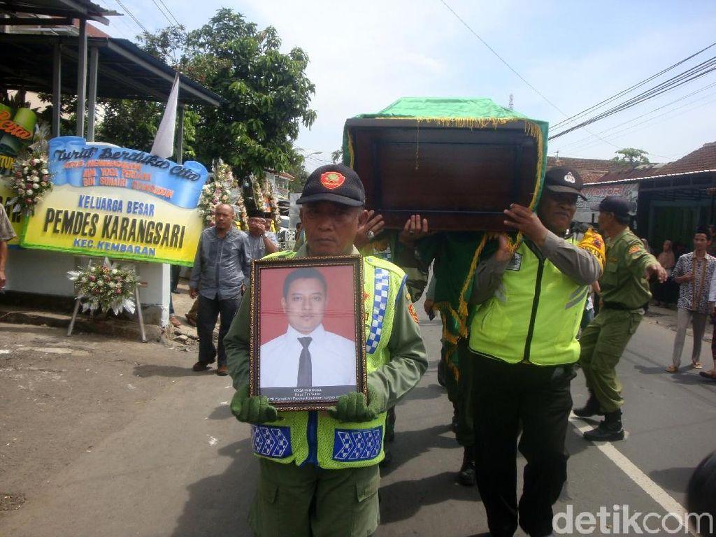 Isak Tangis Warnai Pemakaman Yoga Perdana, Korban Lion Air