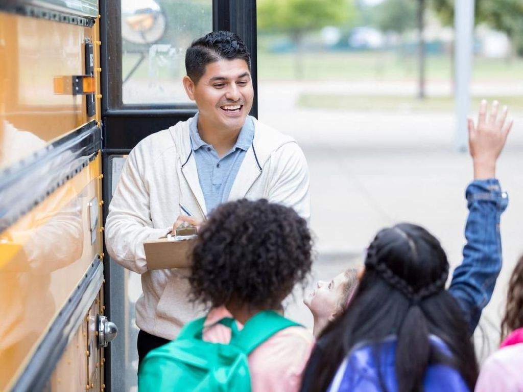 Kemdikbud Buka Lowongan 40 Guru untuk Sekolah RI di Luar Negeri