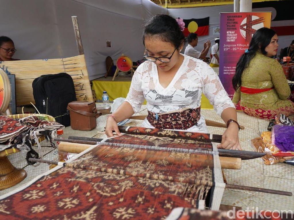 Kain Tenun Gringsing Bali Dipatenkan Biar Tak Dijiplak