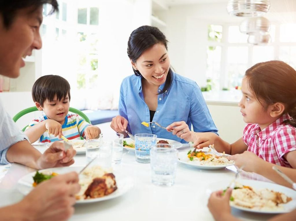 Ada Keluarga yang Terkena Diabetes? Ini Cara Kurangi Risikonya