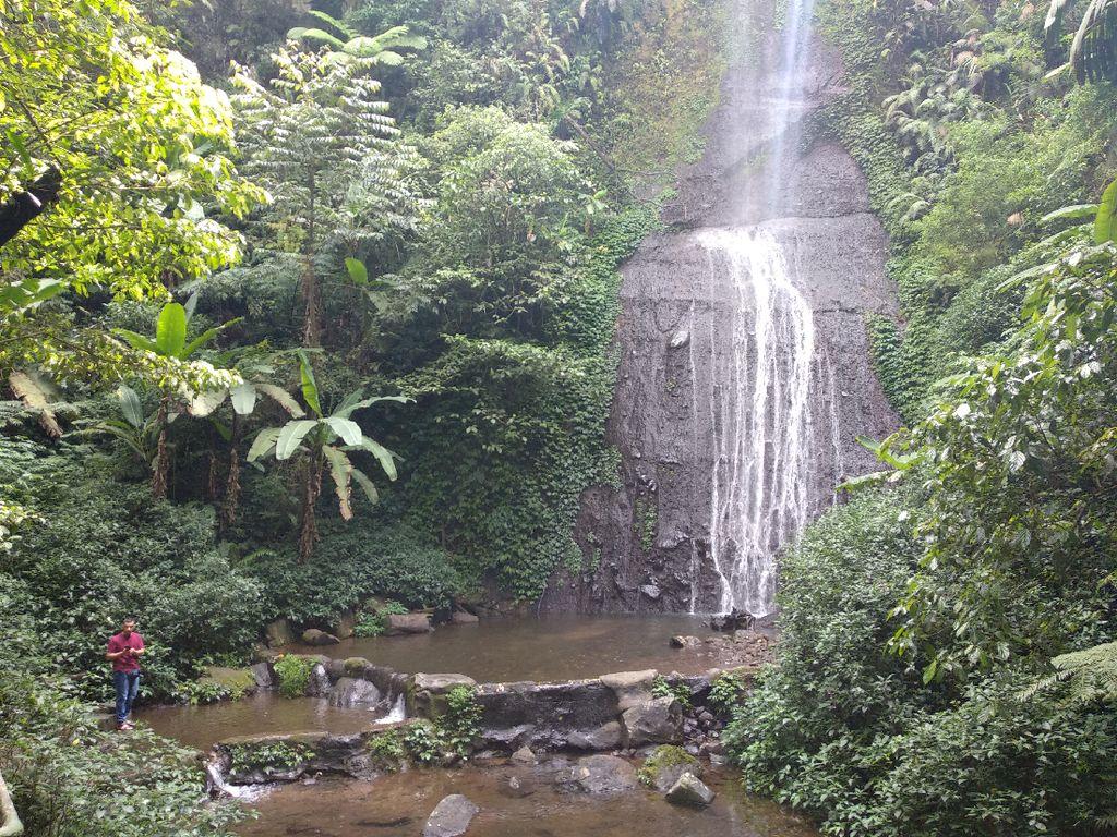 Indahnya Curug Jaksa di Bogor yang Dipercaya Bikin Enteng Jodoh
