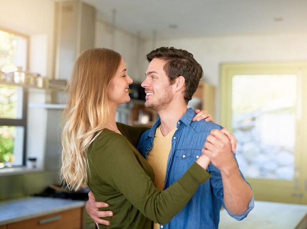 5 Manfaat Kesehatan Berikut Bisa Jadi Alasan untuk Bercinta Malam Ini (1)