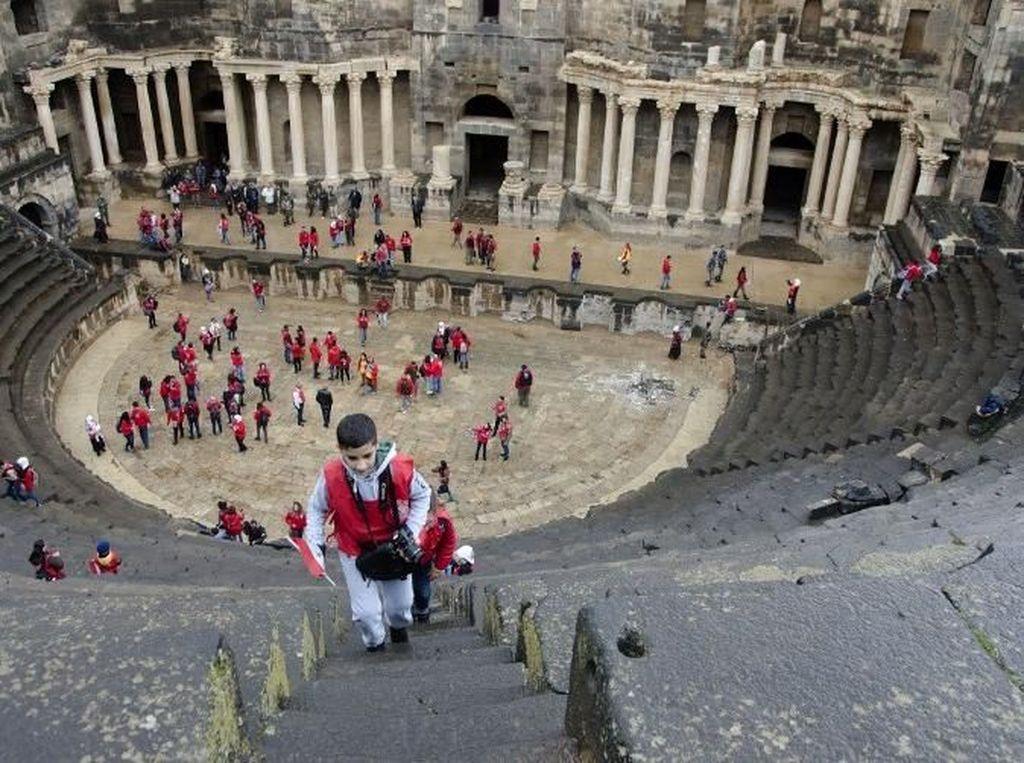 Teater Romawi di Suriah Selatan Selamat dari Perang Sipil