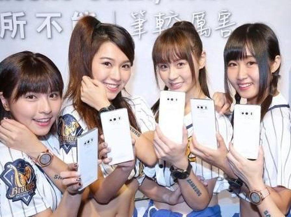 Lebih Dekat dengan Galaxy Note 9 Berkelir Putih