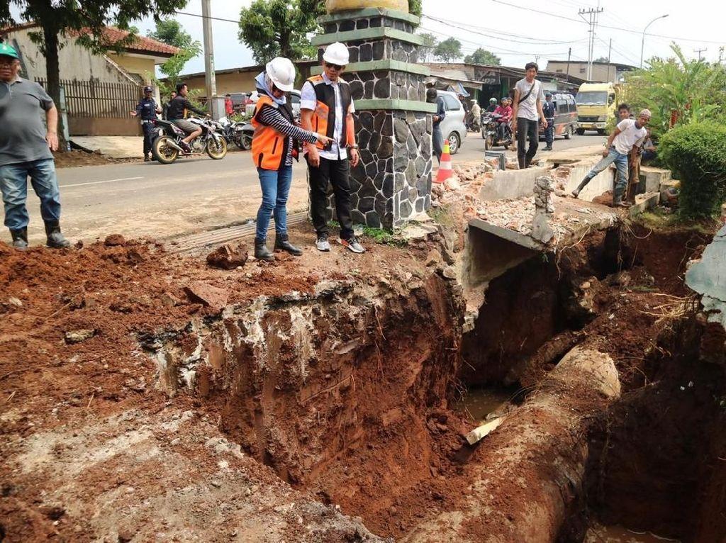 PDAM Selidiki Penyebab Pipa Pecah di Kabupaten Bandung