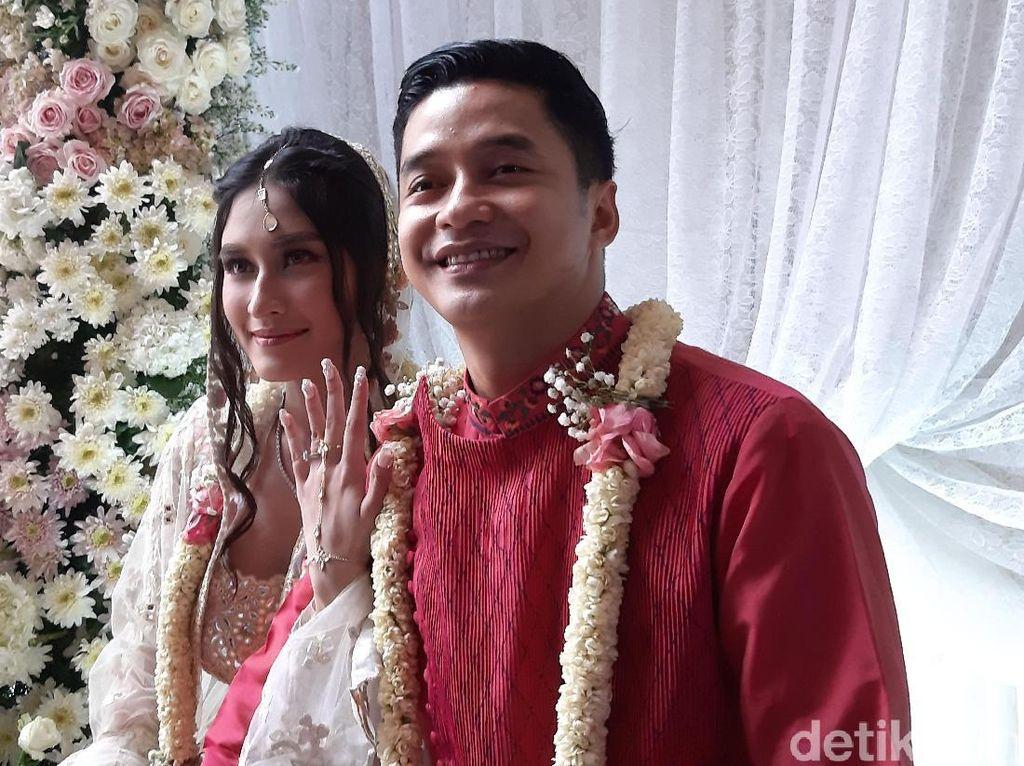 Adly Fairuz dan Angbeen Rishi Akan Menikah Tahu Depan