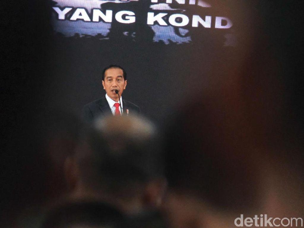 Jokowi: Perjanjian Tak Berubah, Dandim-Danrem Tanggung Jawab Karhutla