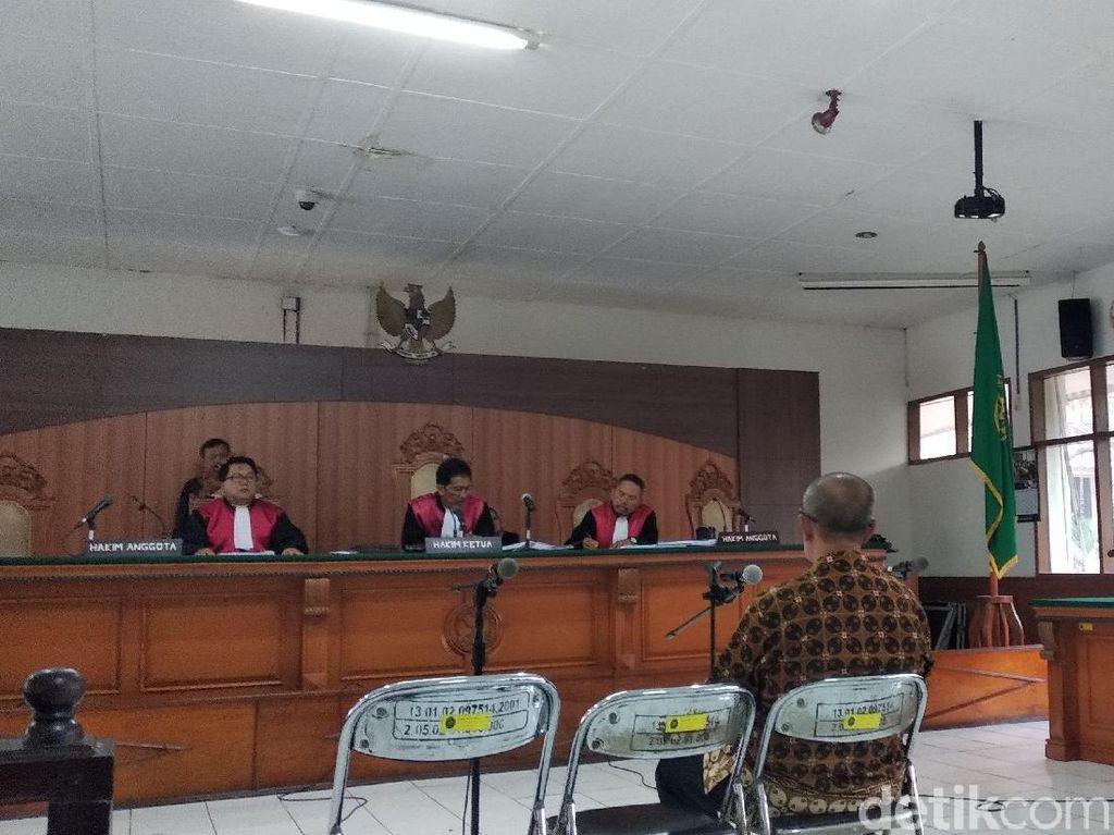 Abubakar Bandingkan Kasusnya dengan Kepala Daerah Lain