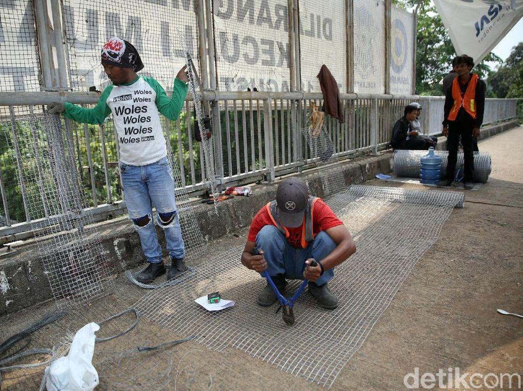 Marak Aksi Pelemparan Batu dari JPO Tol Tangerang-Merak