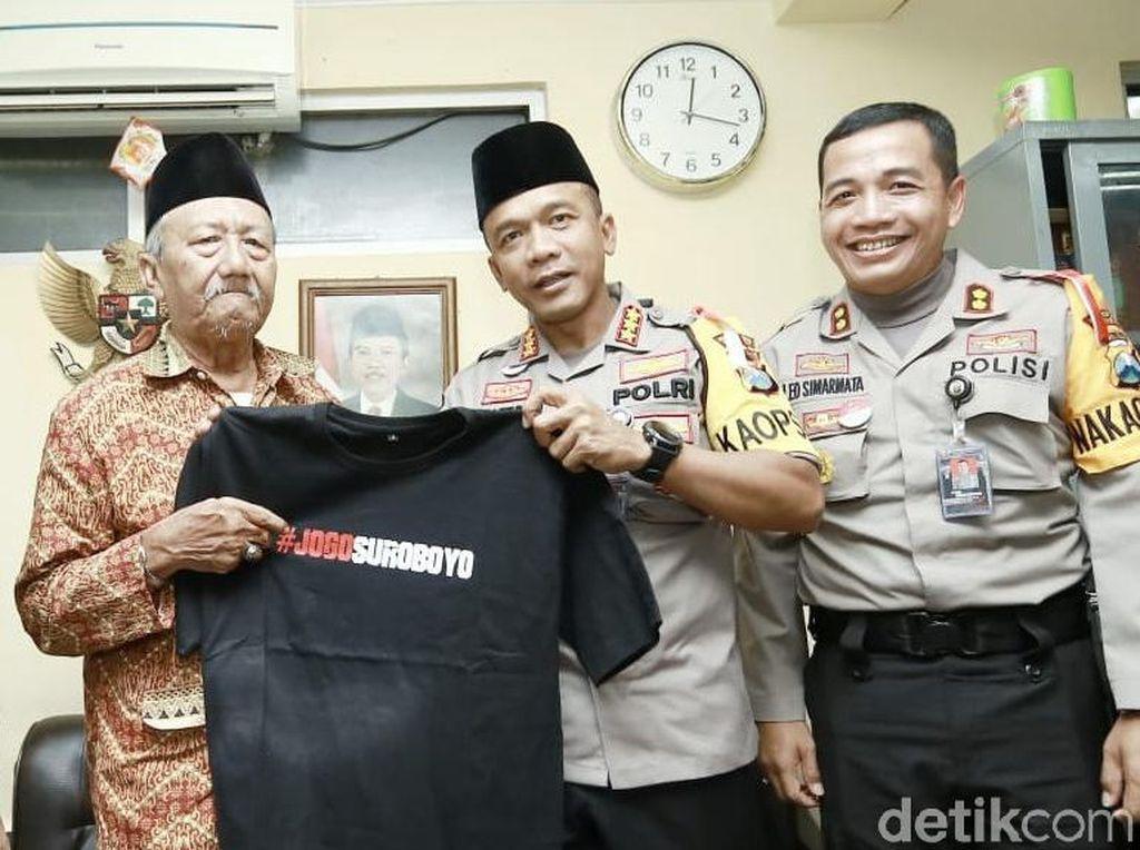 Berkunjung ke Ketua MUI, Kapolrestabes Ajak Jaga Kota Surabaya