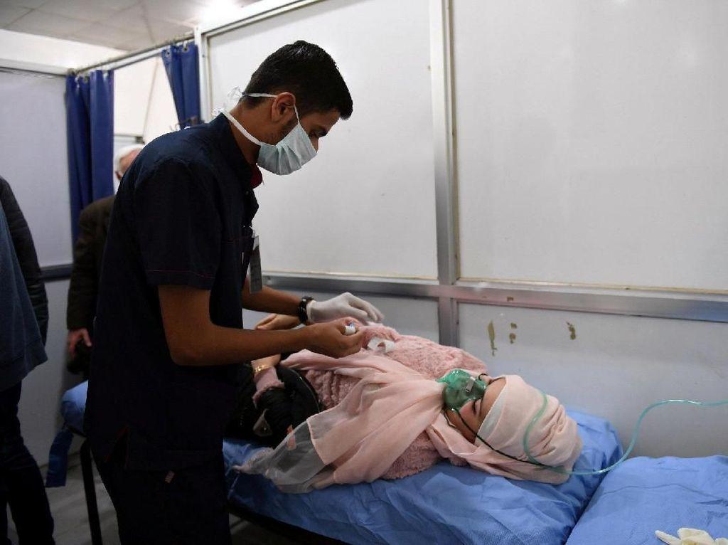 Serangan Gas Beracun di Aleppo Lukai 107 Orang