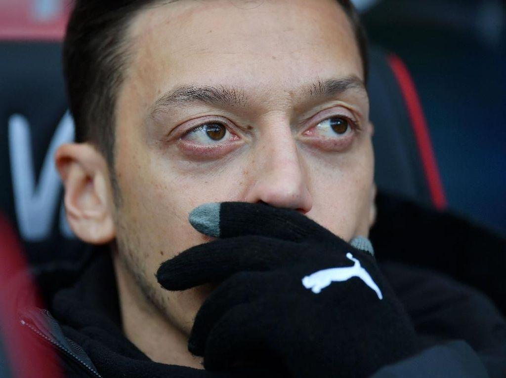 Arsenal Susah Payah Kalahkan Bournemouth, Oezil ke Mana?