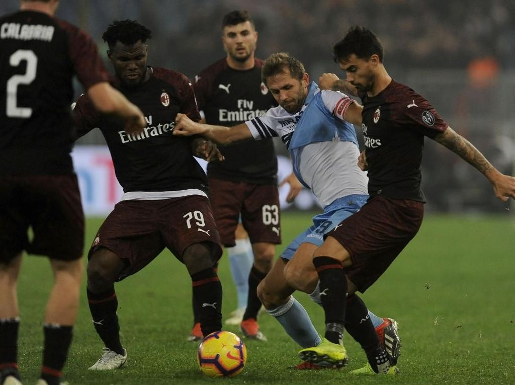Lazio vs Milan Imbang 1-1, Gol Injury Time Buyarkan Keunggulan Rossoneri