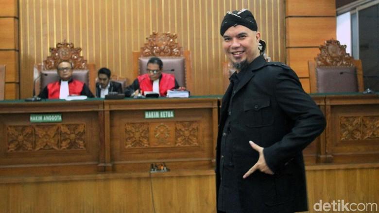 Dhani Bandingkan Tuntutan 2 Tahun dan Vonis Ahok: Kayak Balas Dendam