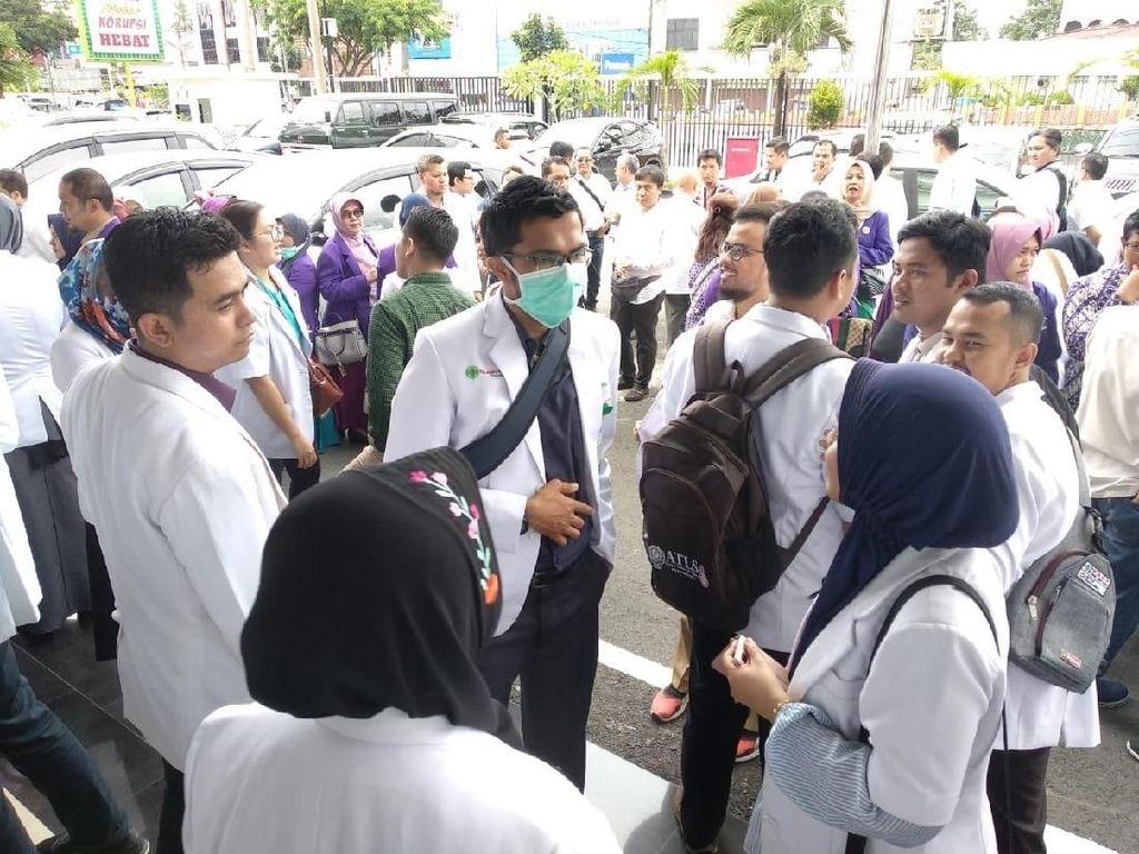 Alasan Jaksa Tahan 3 Dokter Spesialis di Kasus Korupsi Alkes