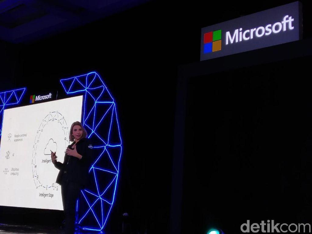 Microsoft Punya Kabel Fiber Sepanjang 6 Kali Jarak Bumi-Bulan
