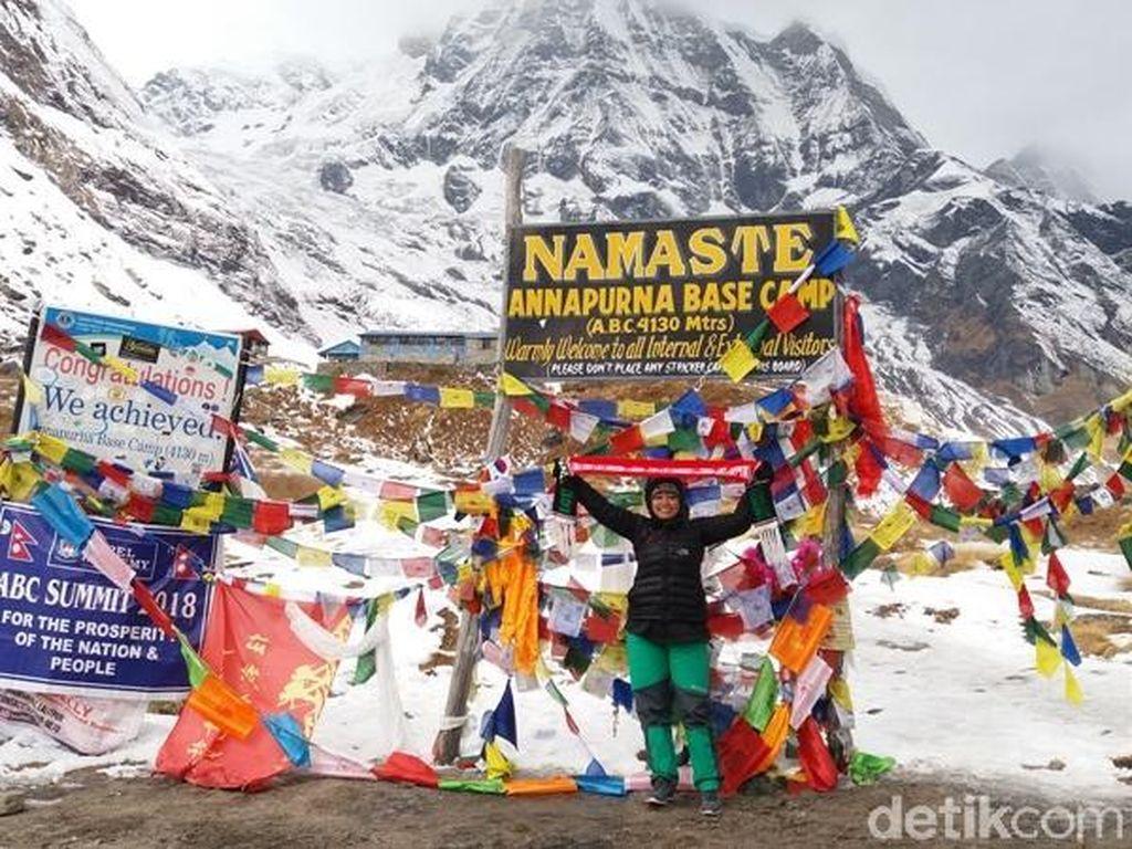Kisah Eka Rahmawati, ASN Salatiga Taklukkan Annapurna Base Camp Nepal