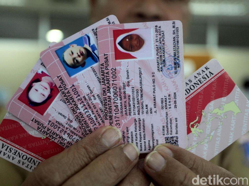 Melihat Proses Pembuatan Kartu Identitas Anak di Dukcapil Jakarta