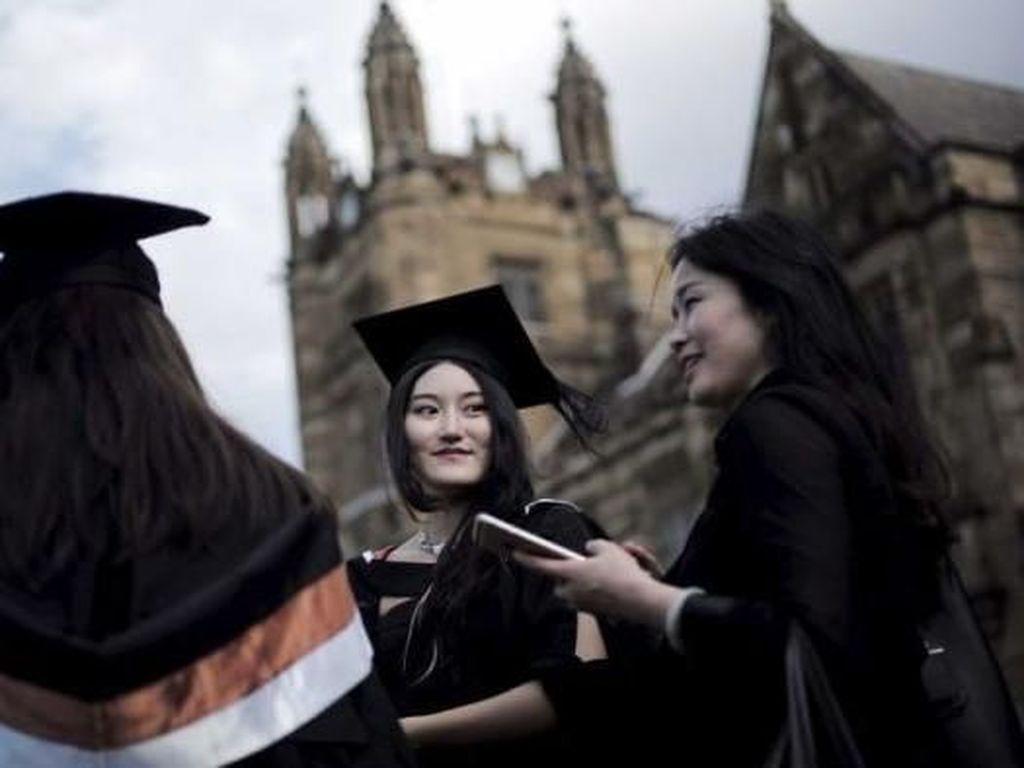 Universitas Australia Dituduh Jadikan Mahasiswa Internasional Sapi Perahan