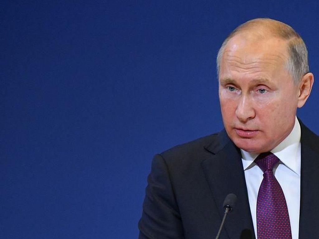 Putin Telepon Presiden Venezuela Maduro untuk Sampaikan Dukungan