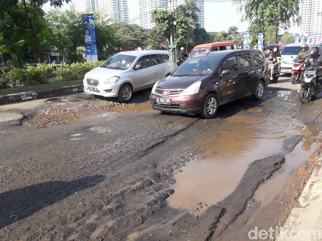 Catat! Pemkot Bekasi akan Perbaiki Jalan Rusak di Kalimalang Bekasi