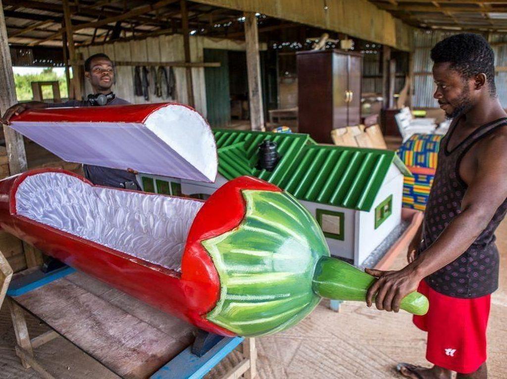 Dikubur Dalam Peti Mati Mewah Ala Masyarakat Ghana