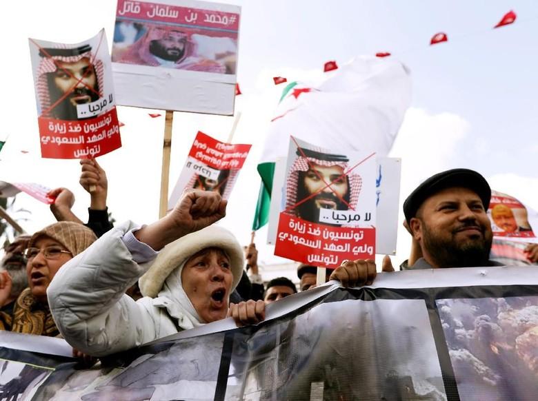 Disambut Demo di Tunisia, Putra Mahkota Saudi Diteriaki 'Pembunuh'