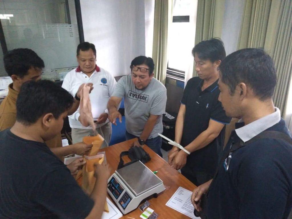 WN Malaysia Diamankan Bawa 535 Gram Sabu di Bandara Juanda