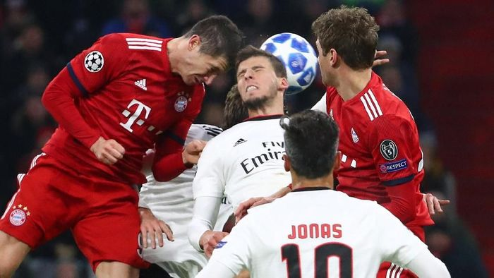 Bayern Munich maju ke fase knockout Liga Champions usai menang telak atas Benfica. (Foto: Michael Dalder/Reuters)