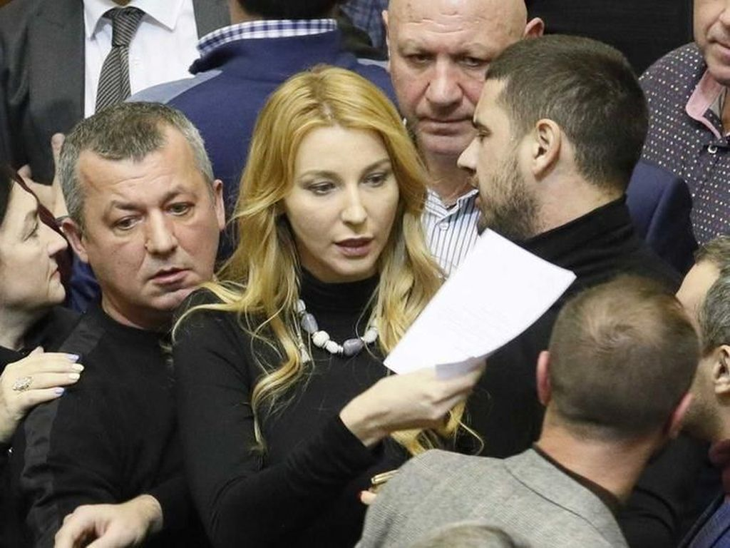 Ukraina: Darurat Militer Isyarat Menuju Perang Terbuka dengan Rusia?