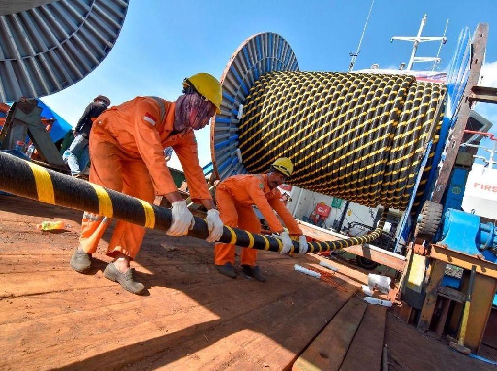Kabel Bawah Laut Ditambah, Tiga Gili di Lombok Makin Terang