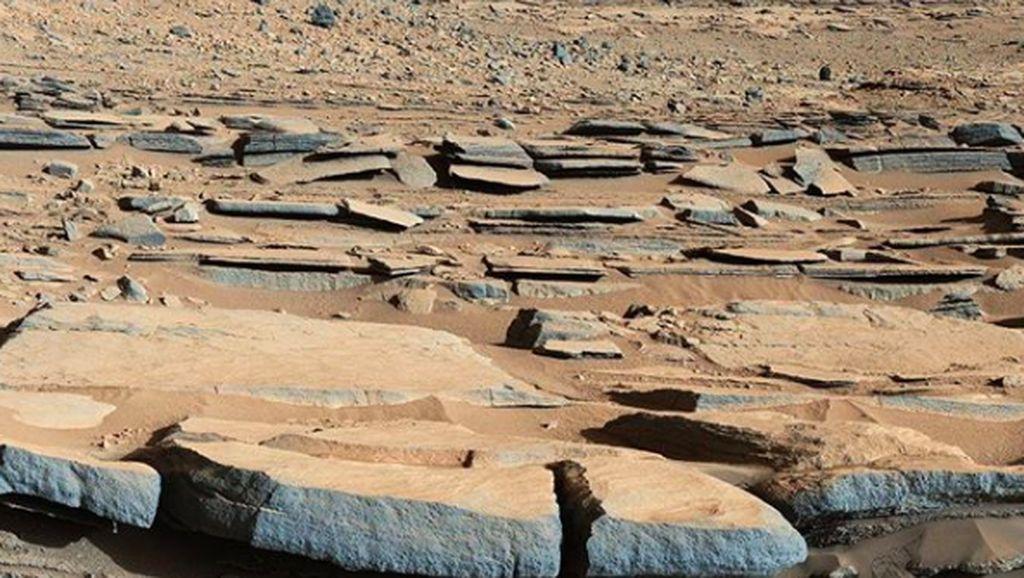 Foto-foto Suasana Planet Mars Dijepret Langsung dari Sana