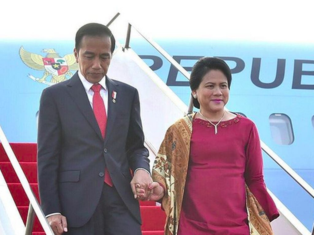 Kunjungi Yogya, Jokowi Bertemu Santri dan Sri Sultan Hamengkubuwono