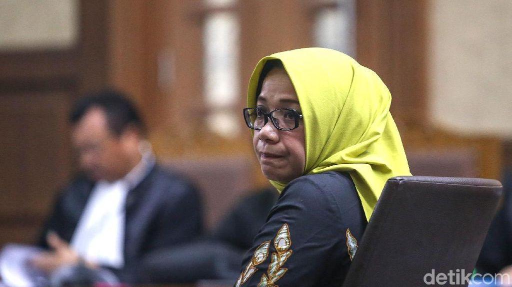 Eni Saragih Jalani Sidang Perdana Suap PLTU Riau-1