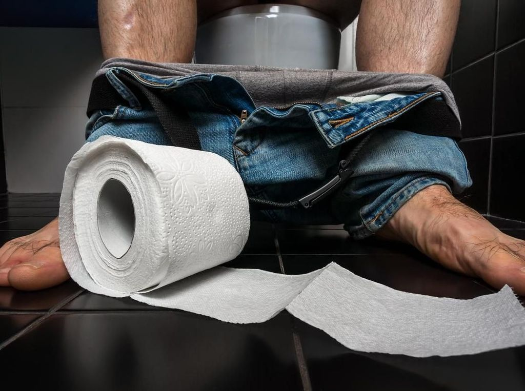 Susah Pipis kalau Diajak Ngobrol di Toilet? Bisa Jadi Gejala Paruresis