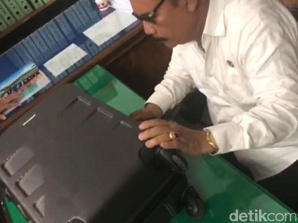 Penampakan Duit Sekoper Pejabat Pemprov Sultra yang Di-OTT