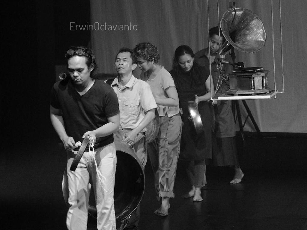 Teater Garasi Pentaskan Gong ex Machina di Jakarta